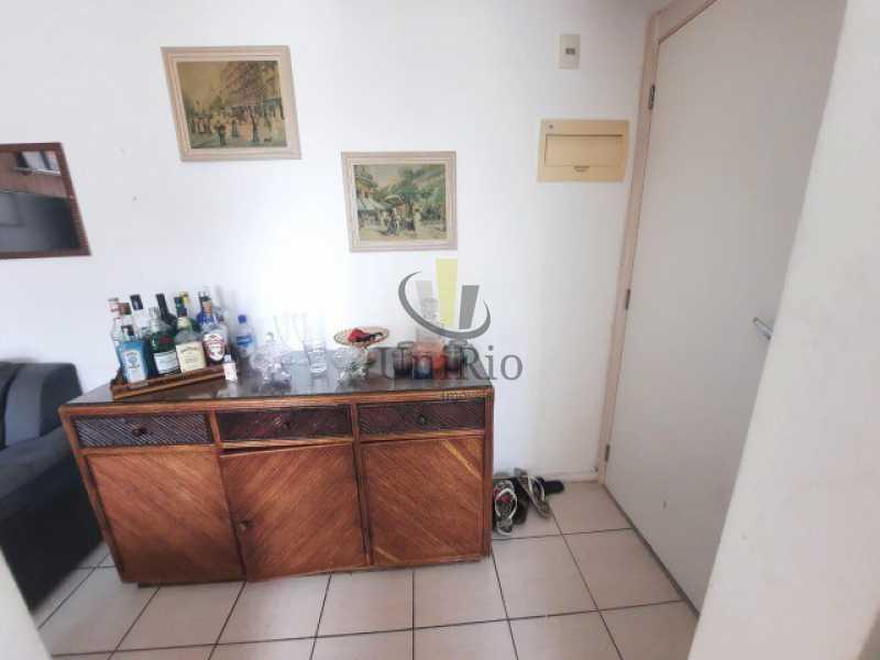 519121520736993 - Apartamento 3 quartos à venda Curicica, Rio de Janeiro - R$ 300.000 - FRAP30275 - 8