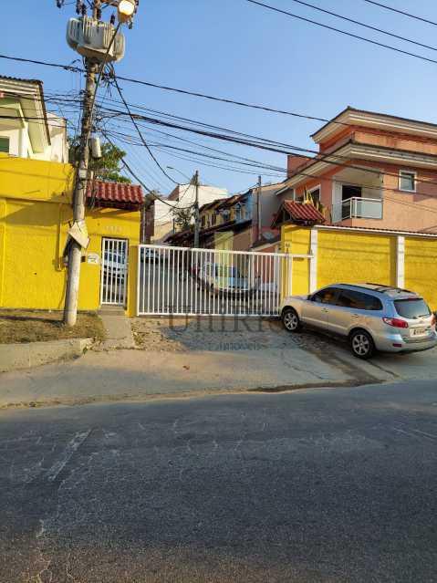 Entrada - Casa em Condomínio 3 quartos à venda Taquara, Rio de Janeiro - R$ 650.000 - FRCN30067 - 26