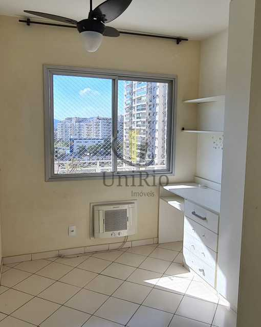 Quarto1 - Apartamento 2 quartos à venda Jacarepaguá, Rio de Janeiro - R$ 441.000 - FRAP21017 - 8
