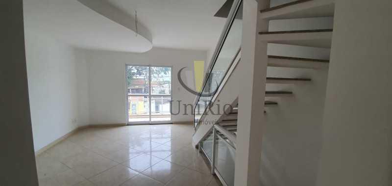 Sala escada - Casa 3 quartos à venda Taquara, Rio de Janeiro - R$ 480.000 - FRCA30031 - 1