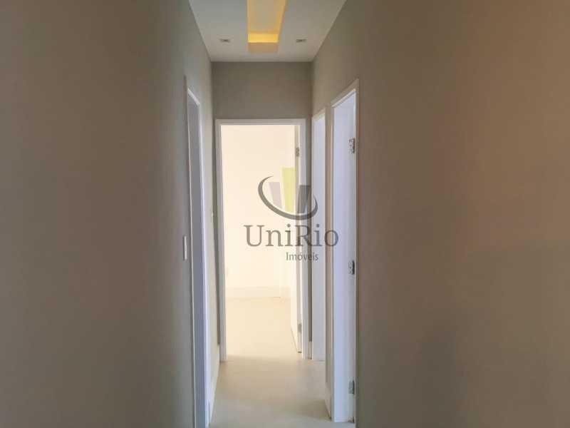 Corredor - Apartamento 3 quartos à venda Tanque, Rio de Janeiro - R$ 350.000 - FRAP30294 - 10
