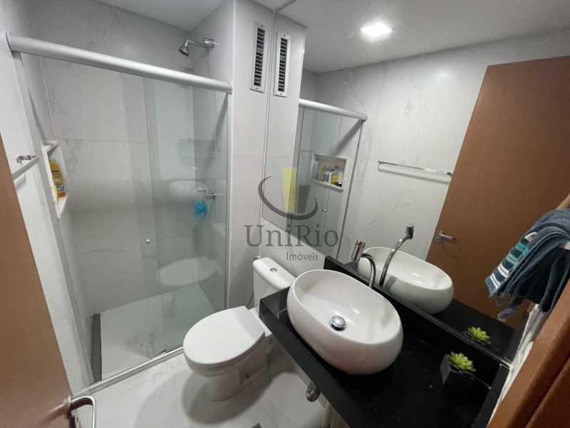 Banheiro1 - Cobertura 3 quartos à venda Taquara, Rio de Janeiro - R$ 579.000 - FRCO30050 - 12