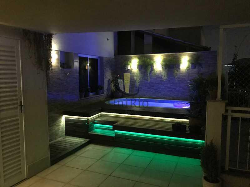 Piscina noite - Cobertura 3 quartos à venda Taquara, Rio de Janeiro - R$ 579.000 - FRCO30050 - 20