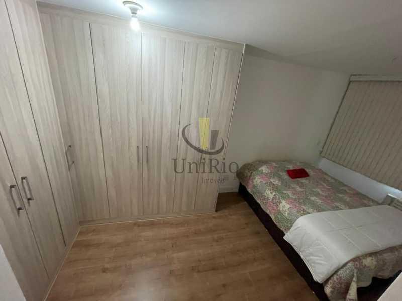 Quarto2 - Cobertura 3 quartos à venda Taquara, Rio de Janeiro - R$ 579.000 - FRCO30050 - 9