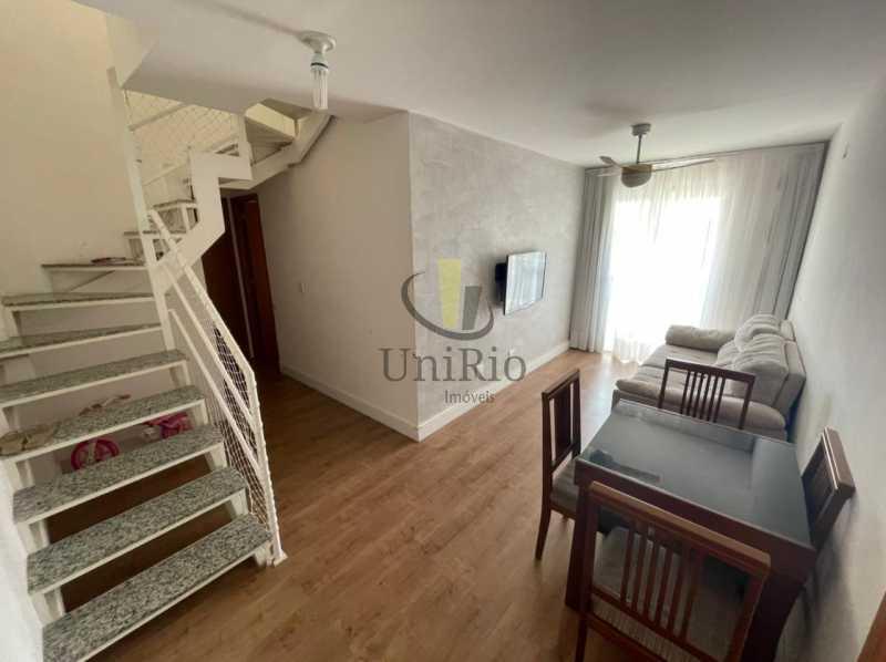Sala - Cobertura 3 quartos à venda Taquara, Rio de Janeiro - R$ 579.000 - FRCO30050 - 1