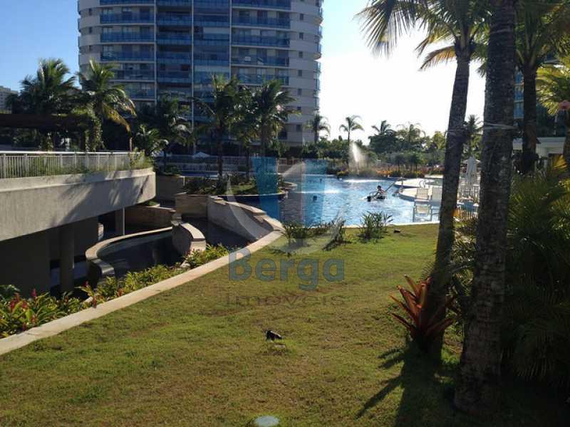14666881349_805861df6b_z - Apartamento PARA VENDA E ALUGUEL, Barra da Tijuca, Rio de Janeiro, RJ - LMAP40033 - 26