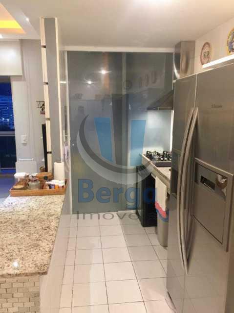 20170111_220014981_iOS - Apartamento à venda Rua César Lattes,Barra da Tijuca, Rio de Janeiro - R$ 671.000 - LMAP10026 - 9