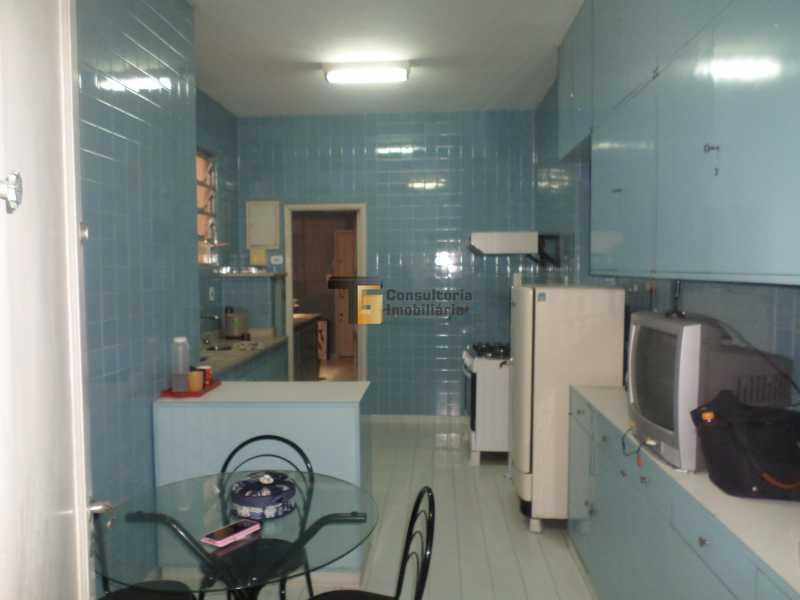15 - Apartamento À Venda - Copacabana - Rio de Janeiro - RJ - TGAP40019 - 16
