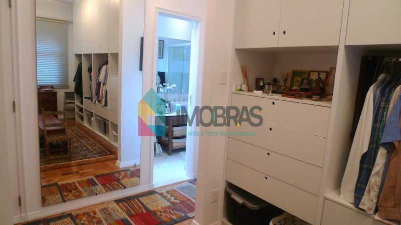 closet_corredor_banheiro - COPACABANA POSTO 6, ORIGINAL 3 QUARTOS VISTA PARCIAL MAR, SUITE GARAGEM 152 M2 - CPAP30891 - 11