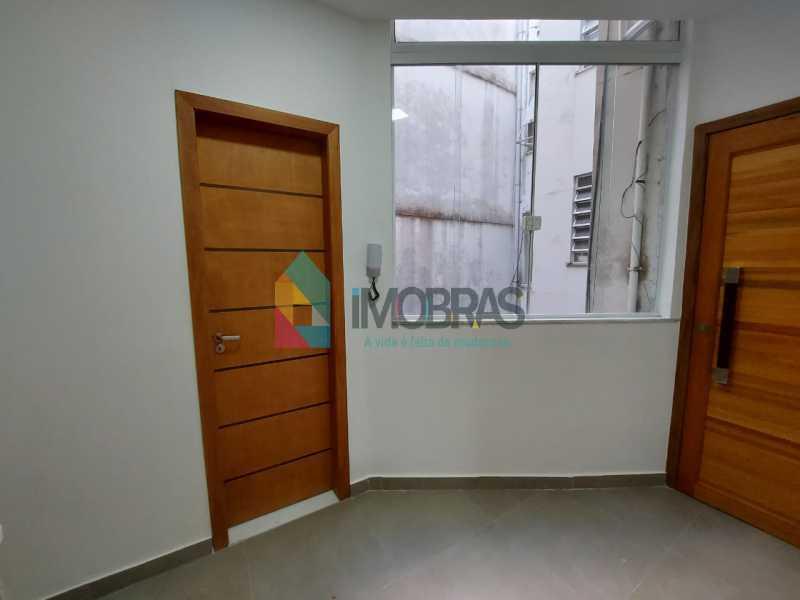 26 - Excelente apartamento de 3 quartos, sendo 1 suíte reformado no Leme - CPAP31551 - 21