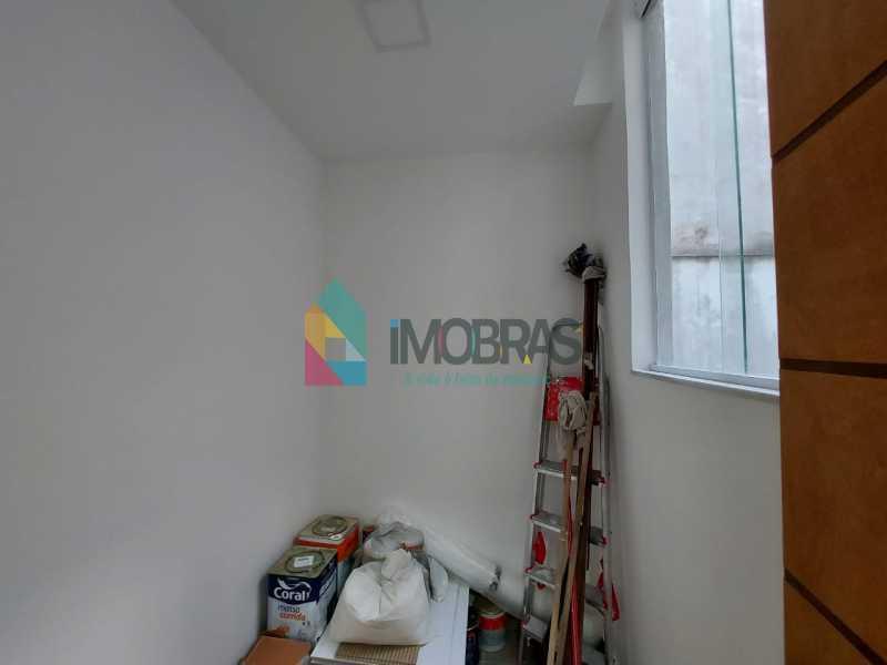 28 - Excelente apartamento de 3 quartos, sendo 1 suíte reformado no Leme - CPAP31551 - 23