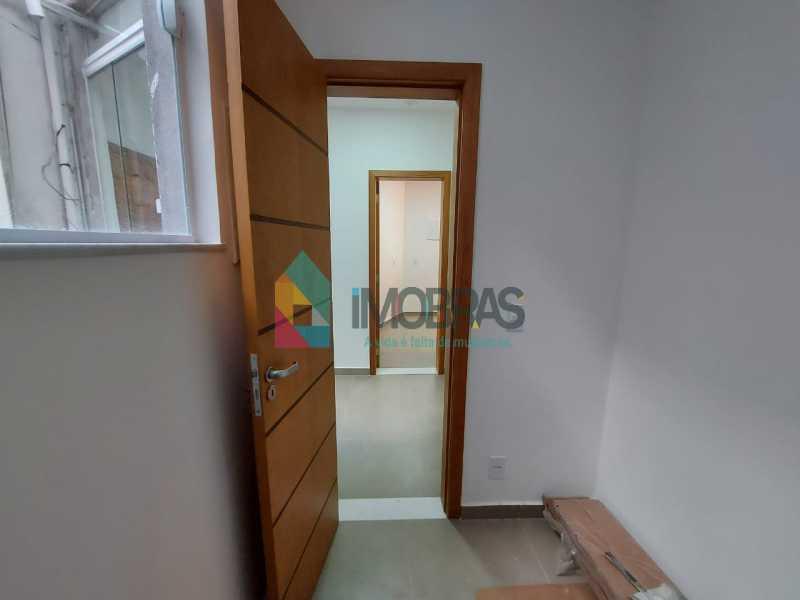 29 - Excelente apartamento de 3 quartos, sendo 1 suíte reformado no Leme - CPAP31551 - 24