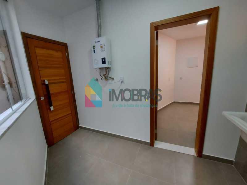 30 - Excelente apartamento de 3 quartos, sendo 1 suíte reformado no Leme - CPAP31551 - 25