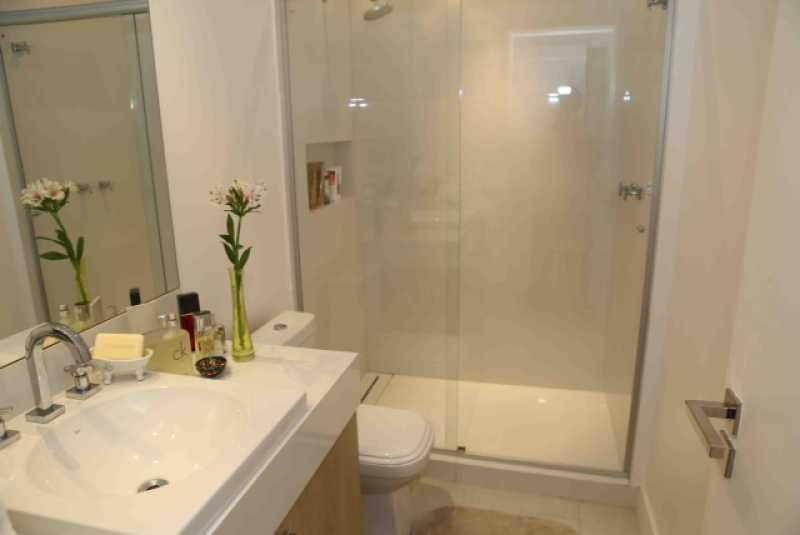 14-Banheiro suite 2  - Apartamento Avenida Atlântica,Copacabana, IMOBRAS RJ,Rio de Janeiro, RJ Para Venda e Aluguel, 5 Quartos, 300m² - AP669 - 15