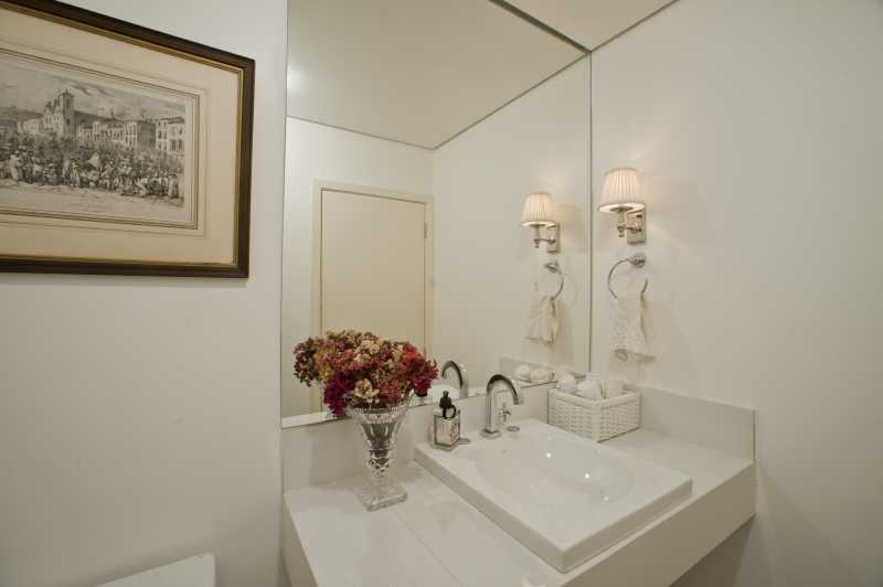 6- Lavabo - Apartamento Avenida Atlântica,Copacabana, IMOBRAS RJ,Rio de Janeiro, RJ Para Venda e Aluguel, 5 Quartos, 300m² - AP669 - 8