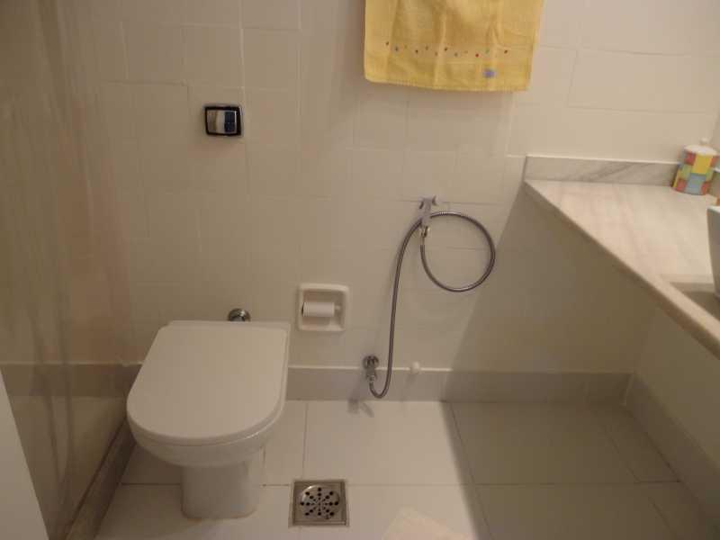 Banheiro da suíte foto 2 - Apartamento à venda Avenida das Américas,Recreio dos Bandeirantes, Rio de Janeiro - R$ 340.000 - IPAP10004 - 8