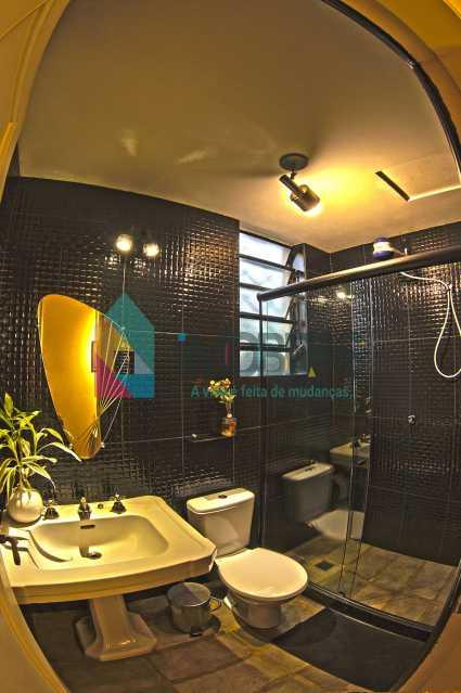 hall e escada 3 - EXCELENTE CASA EM COSME VELHO!!! - FLCA40001 - 26