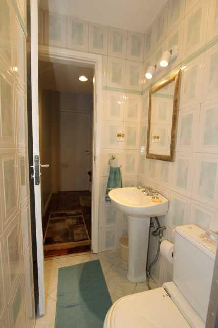 7 - Banheiro - Apartamento À VENDA, Copacabana, Rio de Janeiro, RJ - AP913 - 7