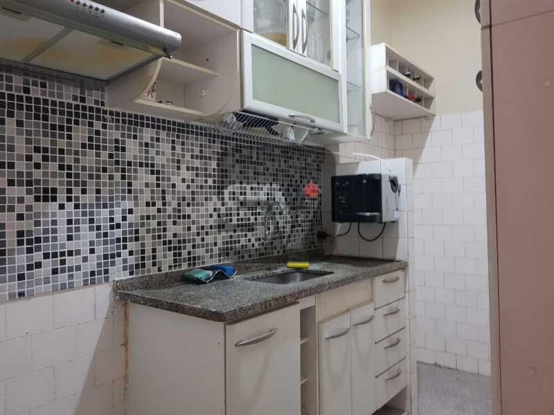 Cozinha - Vista Livre. Comércio farto. 2 quartos + dependência completa - SVAP20031 - 11