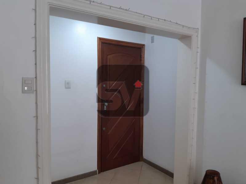 Hall - Apartamento mobiliado de 3 quartos, esquina com Av. Atlântica - SVAP30025 - 1