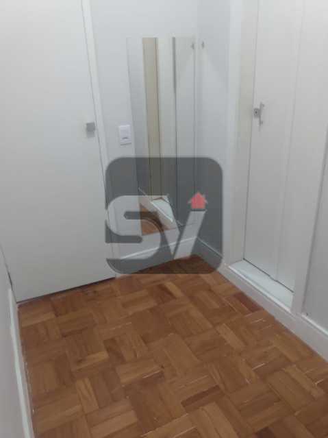 Closet  - Apartamento MARAVILHOSO! Quarto e Sala c/ Suíte e Closet, Ótima Localização!!!! - SVAP10048 - 18