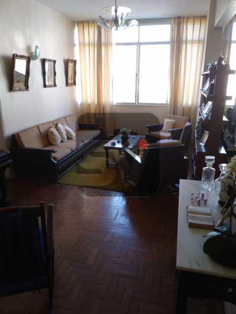 Sala - Andar Alto. 4 quartos. 2 Banheiros sociais. Vaga. Catete - SVAP50001 - 1