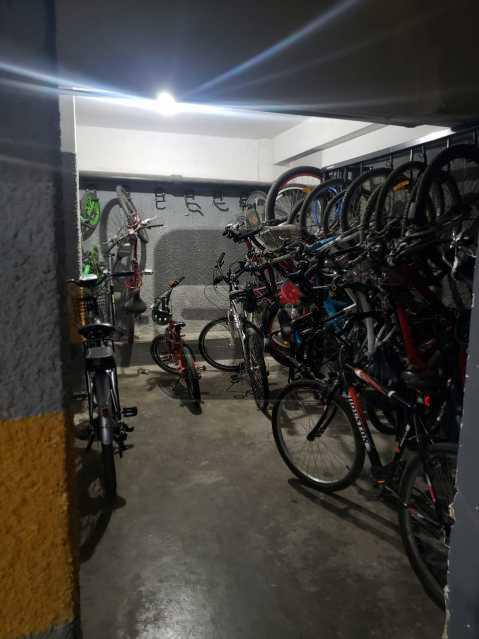 Bicicletário - Flamengo. Conjugadão dividido. 40m². Varanda. Iluminado e arejado. - SVKI10008 - 14