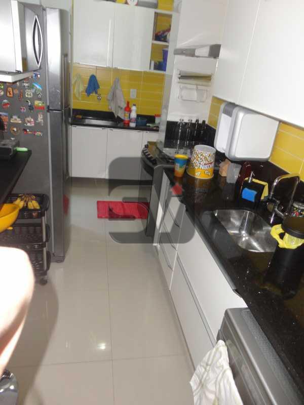 Cozinha - Não perca esse imóvel impecável, 2 suítes, Glória. - VIAP20265 - 13