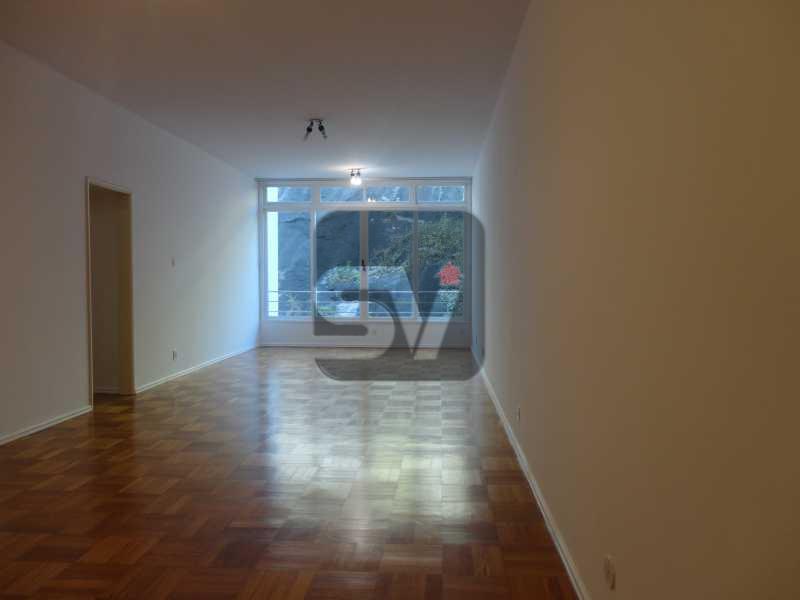 Sala - Amplo. Claro. Ponto nobre do Flamengo. Elétrica nova. 3 quartos (1 suíte com varanda) - VIAP30249 - 3