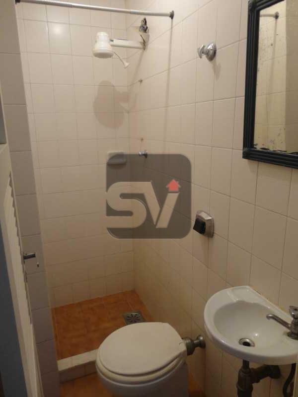 Banheiro de empregada - Amplo. Claro. Ponto nobre do Flamengo. Elétrica nova. 3 quartos (1 suíte com varanda) - VIAP30249 - 21