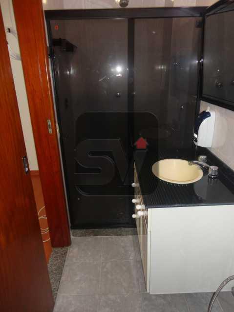 Banheiro social - Silencioso. Arejado. Amplo. Catete. 1 quarto com dependência completa - VIAP10155 - 8