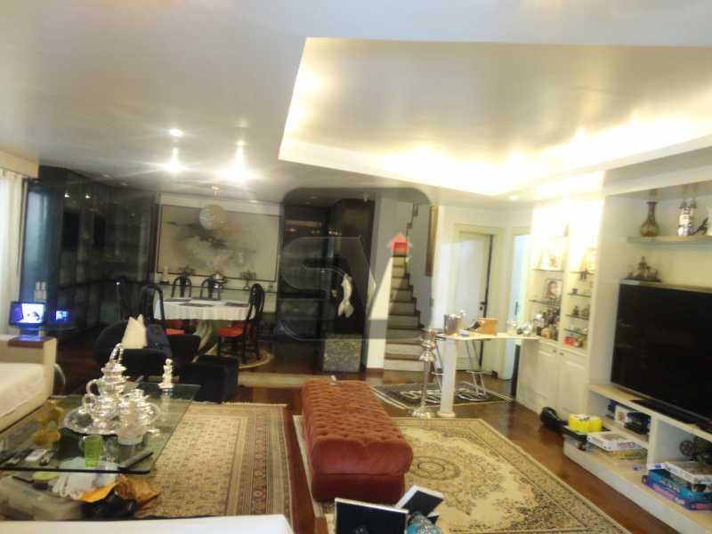 Sala 1º andar - Magnífico apartamento duplex. 3 SUÍTES. Varanda. 2 Vagas - VIAP30275 - 3