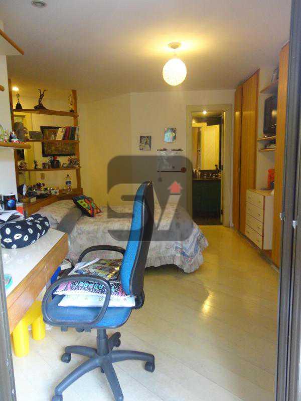 Quarto 2 2ºandar - Magnífico apartamento duplex. 3 SUÍTES. Varanda. 2 Vagas - VIAP30275 - 9