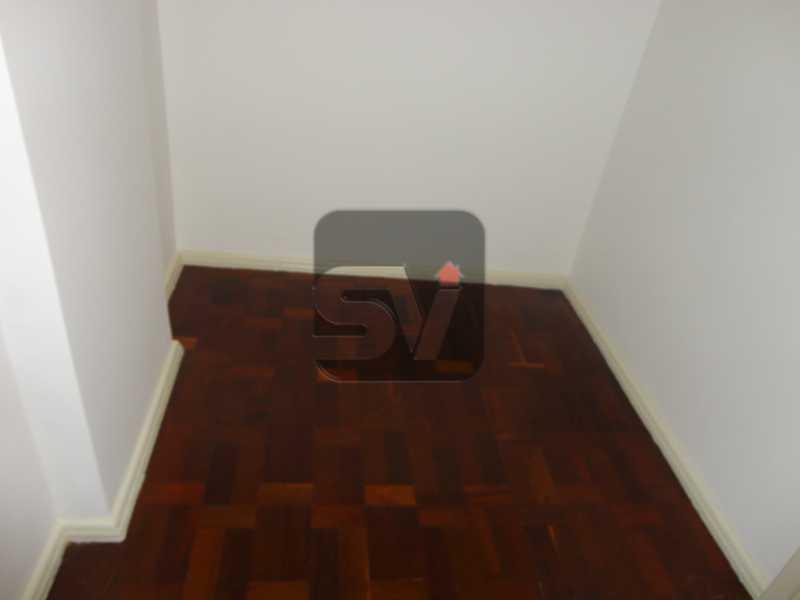 Quarto de Empregada - Isento de IPTU. Varanda. 2 por andar. Ponto Nobre. Flamengo. 3 Quartos - SVAP30001 - 19