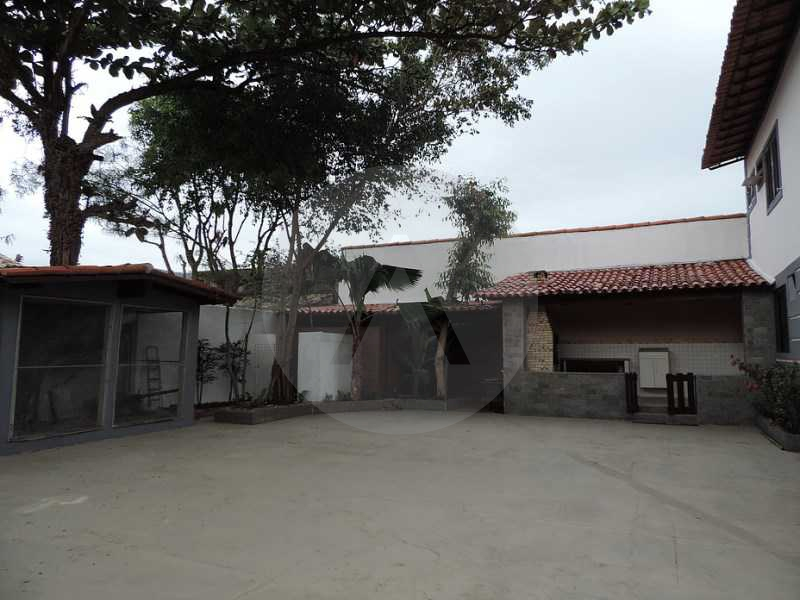20 - Churrasqueira - Serviço  - Agate imoveis vende casa em condominio Regiao Oceanica Itaipu Niteroi - HTCN50002 - 22