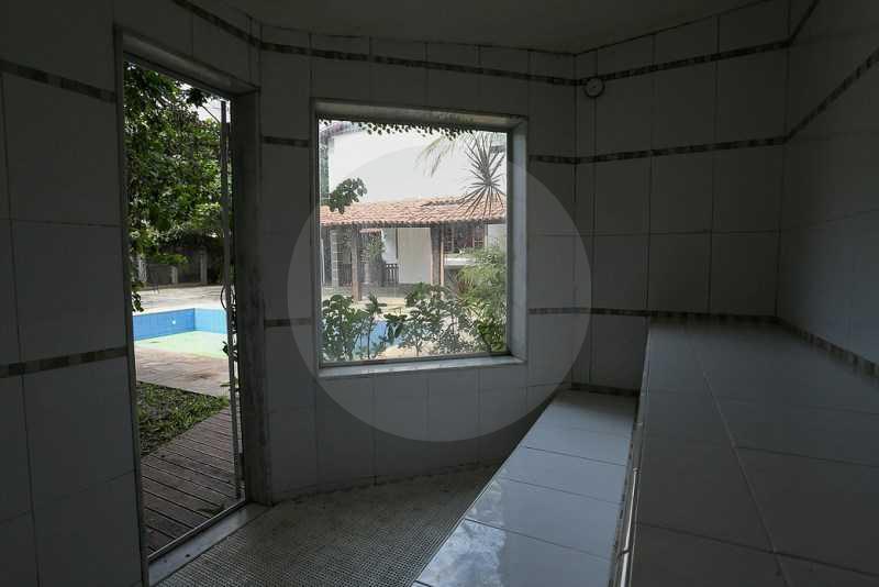 25 - Sauna - Agate imoveis vende casa em condominio Regiao Oceanica Itaipu Niteroi - HTCN50002 - 27