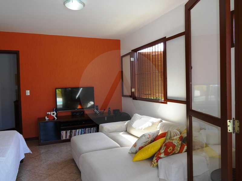 11 - Quarto 1º Pav. - Imobiliária Agatê Imóveis vende Casa em Condomínio de 150 m² Itaipu - Niterói por 1.200.000, mil reais - HTCN40069 - 14