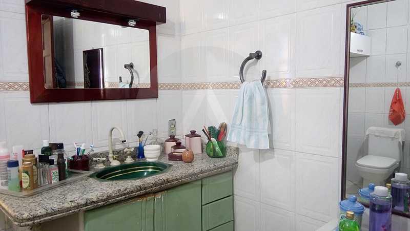 15 - Banheiro Social - Imobiliária Agatê Imóveis vende Casa de 160 m² Itaipu - Niterói por 750 mil reais. - HTCA30059 - 24