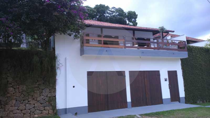 1 - Fachada - Imobiliária Agatê Imóveis vende Casa Linear Itaipu - Niterói. - HTCA30006 - 12