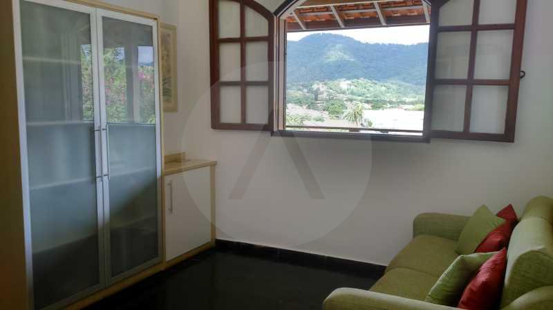 11 - Quarto 1 - Imobiliária Agatê Imóveis vende Casa Linear Itaipu - Niterói. - HTCA30006 - 21