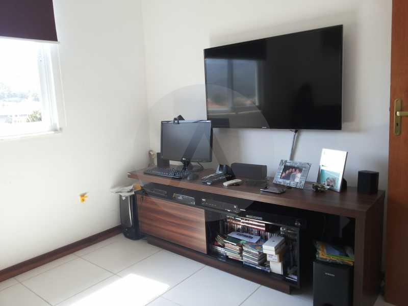 8 - Quarto de TV - Imobiliária Agatê Imóveis vende Casa de 98 m² Itaipu - Niterói por 420 mil reais. - HTCA30064 - 10