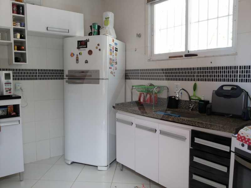15 - Cozinha - Imobiliária Agatê Imóveis vende Casa de 98 m² Itaipu - Niterói por 420 mil reais. - HTCA30064 - 17