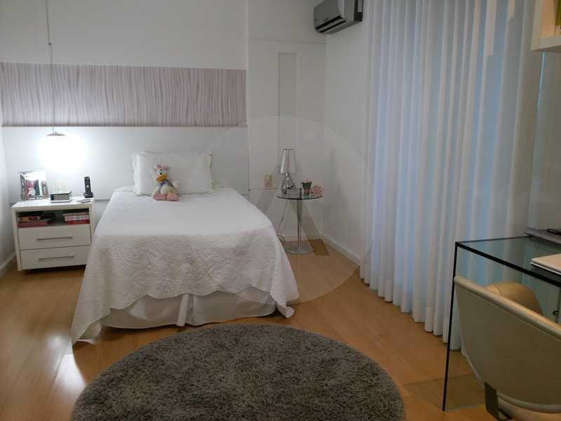 22 - Suite 2 - Imobiliária Agatê Imóveis vende Casa em Condomínio de 560m² Piratininga - Niterói por 3 Milhões - HTCN40025 - 14