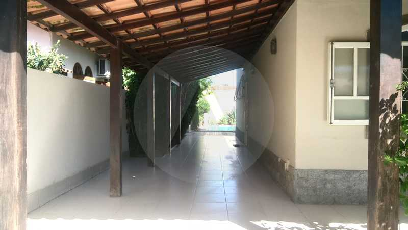 29 Casa Padrão Itaipu - Imobiliária Agatê Imóveis vende Casa de 250m² Itaipu - Niterói por 840 mil reais. - HTCA30081 - 30