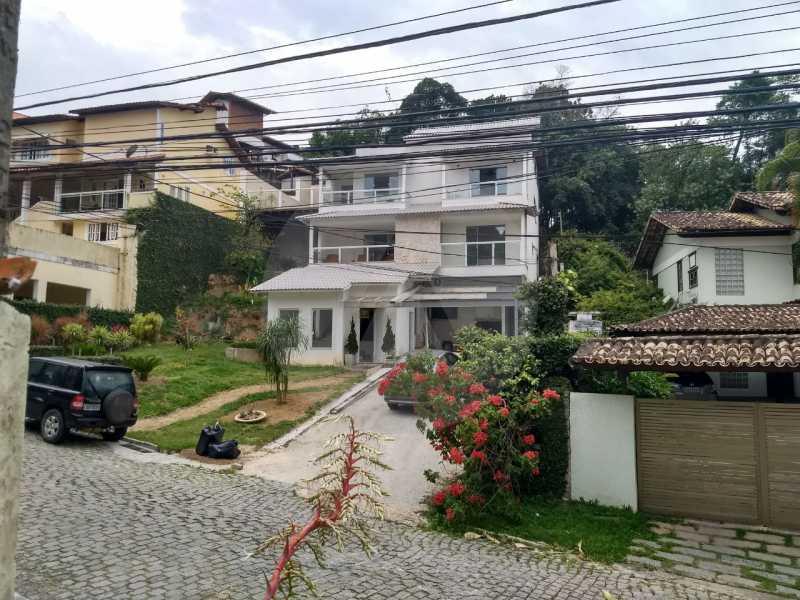 1 Casa Condomínio Pendotiba. - Imobiliária Agatê Imóveis vende Casa em Condomínio de 400 m² Itaipu - Niterói por 1.800 mil reais. - HTCN40037 - 1