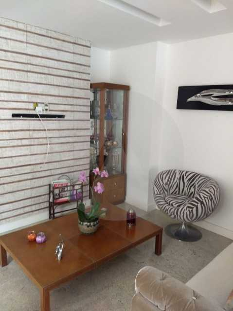 2 Casa Condomínio Pendotiba. - Imobiliária Agatê Imóveis vende Casa em Condomínio de 400 m² Itaipu - Niterói por 1.800 mil reais. - HTCN40037 - 4