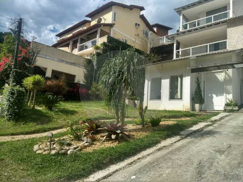 3-Casa Triplex Pendotiba. - Imobiliária Agatê Imóveis vende Casa em Condomínio de 400 m² Itaipu - Niterói por 1.800 mil reais. - HTCN40037 - 3