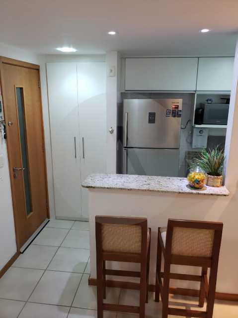 8 Apartamento Piratininga - Imobiliária Agatê Imóveis vende Apartamento Padrão de 70 m² Piratininga - Niterói. - HTAP20005 - 9