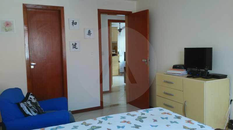 8 Casa Linear Itaipu - Suite - IMOBILIÁRIA AGATÊ IMÓVEIS VENDE CASA LINEAR ITAIPU NITERÓI. - HTCA30137 - 10