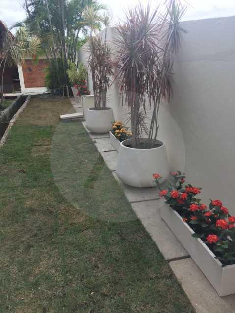 13 Casa em Condomínio Itaipu. - Imobiliária Agatê Imóveis vende Casa em Condomínio de 500 m² Itaipu - Niterói por 1.800.000, mil reais - HTCN30060 - 14
